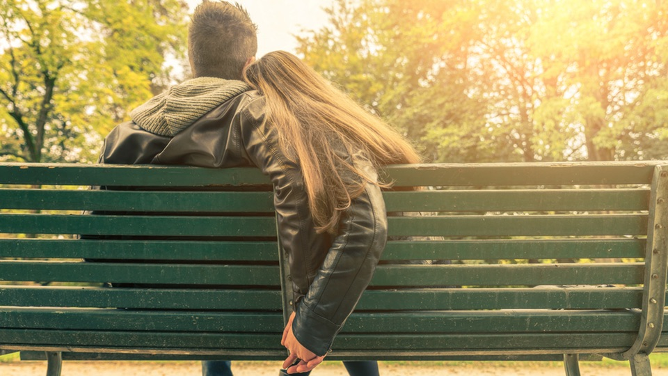 Healthy-And-Unhealthy-Relationships